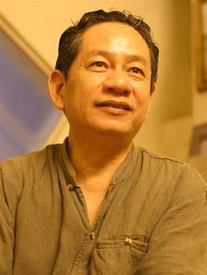 Nha-baodich-gia-Trinh-Lu-cung-gop-mat-tai-buoi-toa-dam-bf454